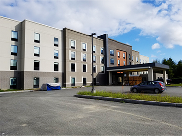 Exterior Design of Hampton Inn_by Russell and Dawon